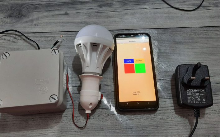 Automatic Bluetooth Light