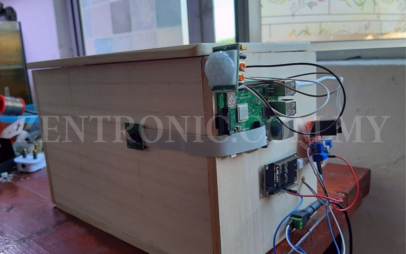 PIGEON BOX COURIER SYSTEM USING RASPBERRY PI