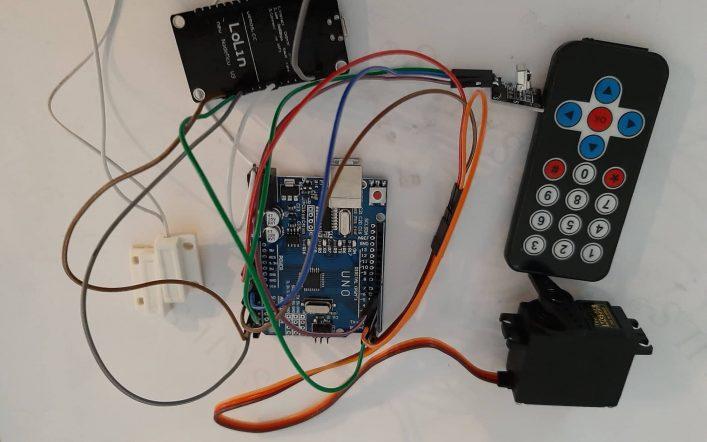 IR Remote & Apps Based Smart Door Lock