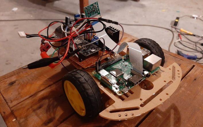Raspberry Pi Surveillance Robot