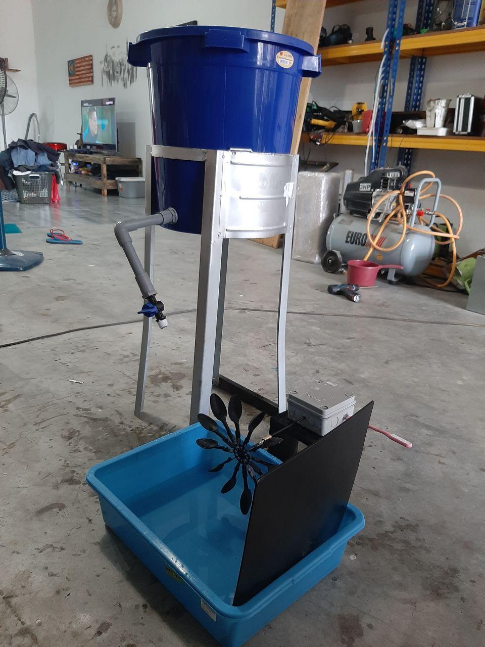 Hydroelectric Generator Prototype